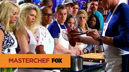 Gordon Ramsay pokazuje jak przyrządzić homara