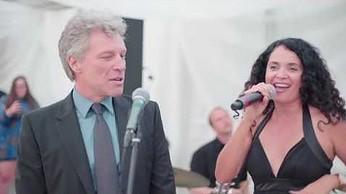 Jon Bon Jovi nawet na weselu nie może napić się spokojnie wódki