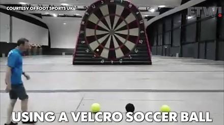 Foot Darts, czyli piłkorzutki