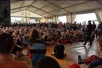 Hipnoza sceniczna na Woodstocku