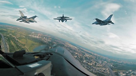 Defilada lotnicza Szczyt NATO. Wideo w 360°