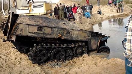 Wydobycie czołgu Valentine