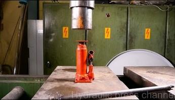 Podnośnik hydrauliczny kontra prasa hydrauliczna