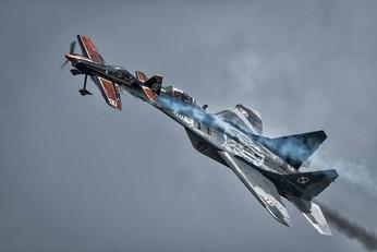 Artur Kielak i Xtreme Sky Force