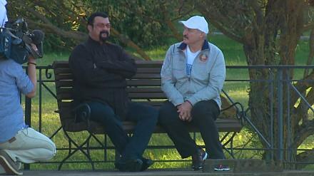 Steven Seagal na przyjacielskiej wizycie u prezydenta Łukaszenki