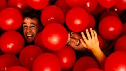 Wielkość balonów MA znaczenie! Film o krwi