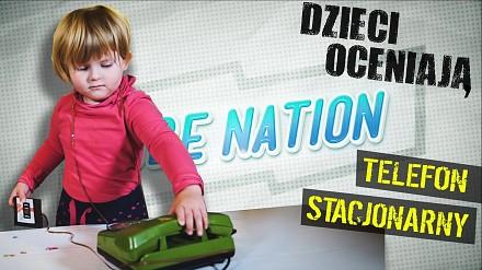Młodzi Polacy oceniają telefon stacjonarny z tarczą numeryczną   TUBE NATION