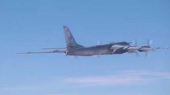 Rosyjski Tu-95MS atakuje bazy ISIS i Al-Nusra