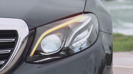 Niesamowite możliwości świateł drogowych Multibeam LED Mercedesa