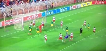 Bramkarz Osacrine Masuluke strzelił gola przewrotką