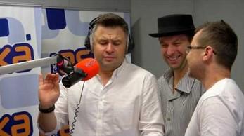 "Kabaret Paranienormalni śpiewają ""Last Christmas"""