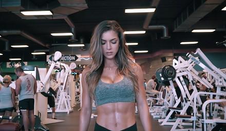 Anllela Sagra motywuje do ćwiczeń
