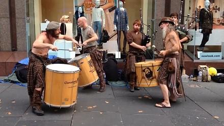 Niesamowici uliczni muzycy - Clanadonia