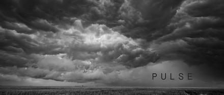 Puls - prosty i piękny film o chmurach w 4K