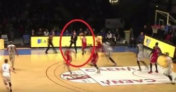 Trener koszykarzy za bardzo zaangażował się w grę