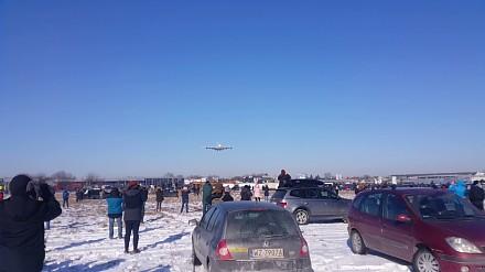 Największy pasażerski samolot świata wylądował dzisiaj w Warszawie