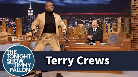 Terry Crews prezentuje taniec robota
