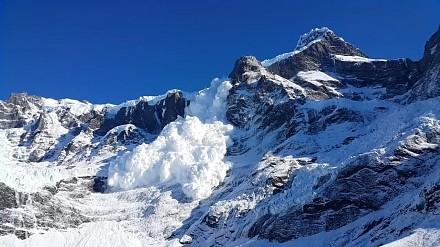 Piękna sierpniowa lawina śniegu w Chile