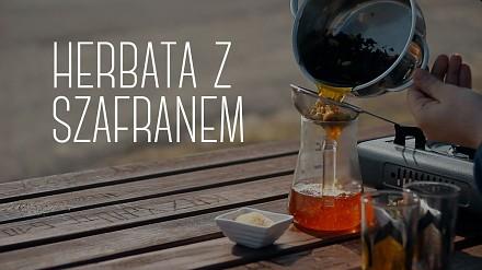 Herbata z szafranem i kardamonem z Kuwejtu, przepis od Czajnikowego