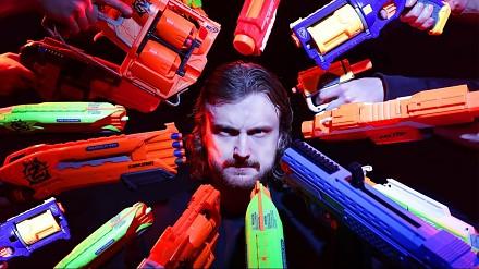 Nerf John Wick, czyli mała podmiana broni w filmie