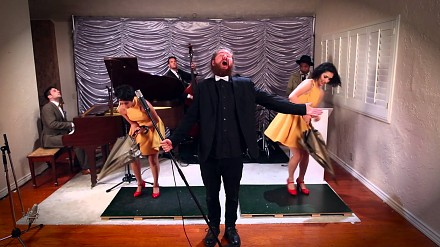 "Znane i lubiane PostmodernJukebox w coverze ""Umbrella"""