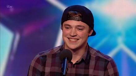 """Craig Ball w półfinale """"Britain's Got Talent"""" i jego wykonanie Hello na wiele głosów"""
