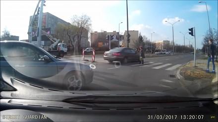 Kolejna porcja popisów bezmyślności polskich kierowców