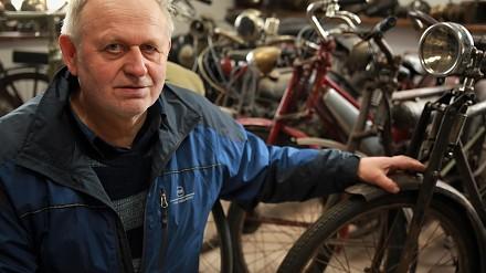 Człowiek, który kolekcjonuje niezwykłe rowery