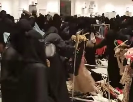 Kiedy na sklep rzucili coś innego niż burki