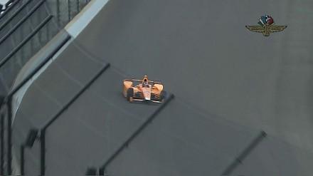 Podwójna kolizja Fernando Alonso podczas treningu do Indy 500