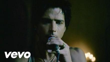 """Pożegnajmy Chrisa Cornella utworem """"Like a Stone"""" zespołu Audioslave"""