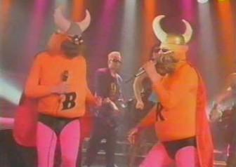 Nie wiem o czym śpiewają ci Finowie, ale świetnie im to wychodzi