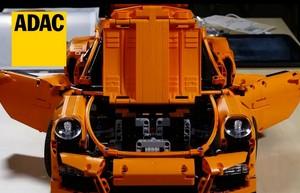 ADAC przeprowadza crash test Porsche... zbudowanego z Lego