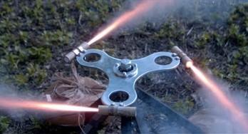 Rakietowy fidget spinner