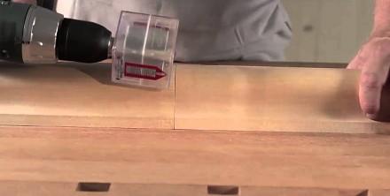 Niewidoczna śruba dokręcana elektromagnetycznym kluczem