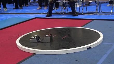 Kompilacja najlepszych walk z japońskich zawodów sumo robotów