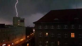 8-bitowa burza w Opolu