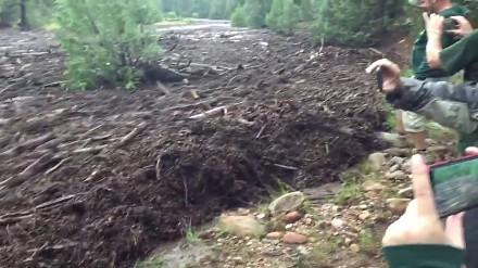 Przerażająca prędkość i potęga gwałtownej powodzi