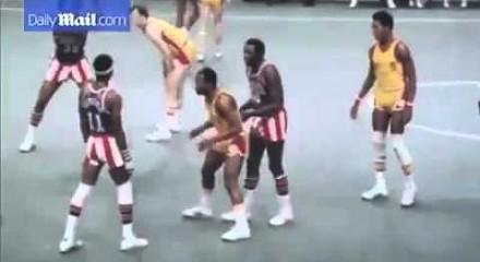 Popisowe koszykarskie trollowanie w wykonaniu legendy Harlem Globetrotters