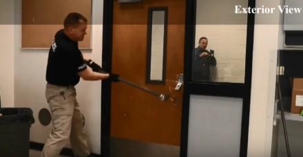 Drzwi antywłamaniowe z trudną do sforsowania blokadą