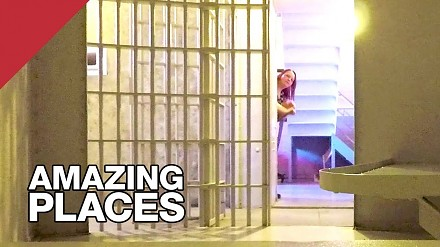 Obrotowe więzienie amputujące kończyny