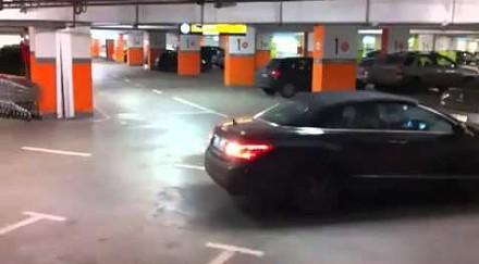 Nowoczesny czujnik parkowania, który przyda się w każdym aucie
