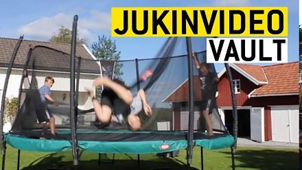 Sypiąca się ludzka wieża i inne upadki od JukinVideo