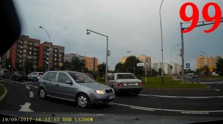Kierowca audi ładnie się przedstawił, czyli tak jeżdżą polscy kierowcy