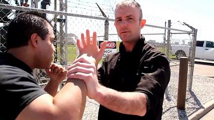 Jak rozpoznać wciskających kit trenerów sztuk walki
