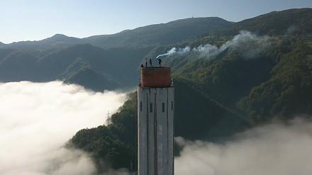 BNT znowu w akcji - Polacy wspięli się na najwyższy komin w Europie