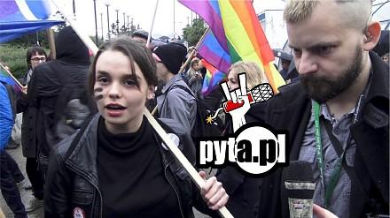 Czarny protest w biały dzień - typowa relacja Pyty