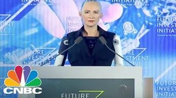 Sophia - robot humanoidalny przemawia