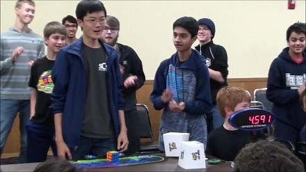 Sława, kasa, dziwki - jednym słowem nowy rekord w układaniu kostki Rubika