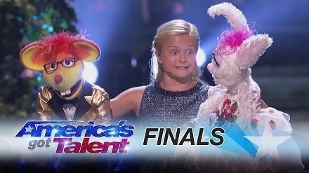 "Darci Lynn śpiewa ""With A Little Help From Her Friends"" w programie America's Got Talent"